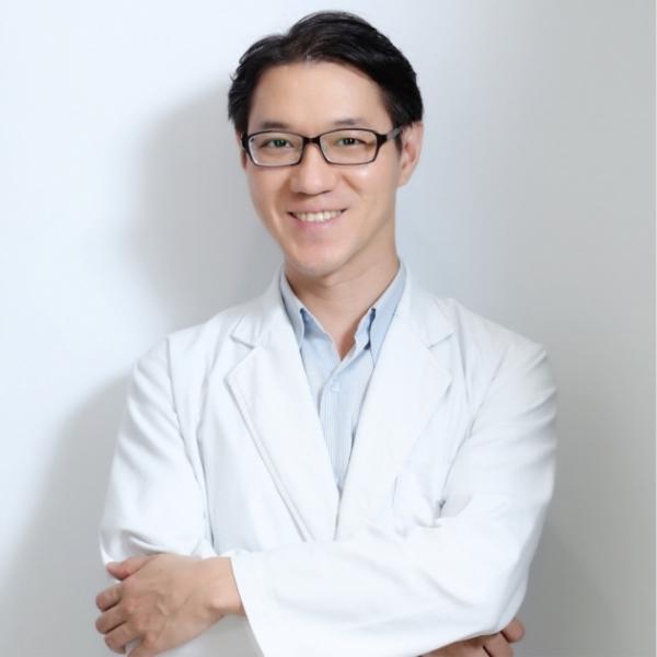 林顯書醫師 1